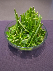 anti-cancer watercress in bowl